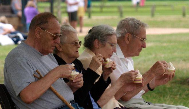 Foto: Vești bune pentru vârstnici. De la 1 septembrie crește punctul de pensie
