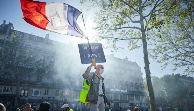 Foto: Este grevă generală în Franța! Motivul pentru care protestează sute de mii de oameni