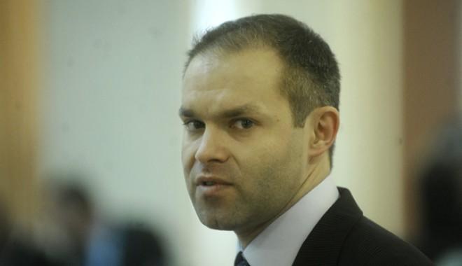 Ministrul Educației, în vizită la Constanța - funeriu-1317273778.jpg