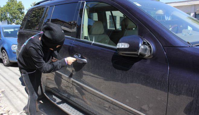 Spargeri de mașini, pe bandă rulantă, în Constanța. Suspectul a fost arestat - furturidinmasini-1613756939.jpg