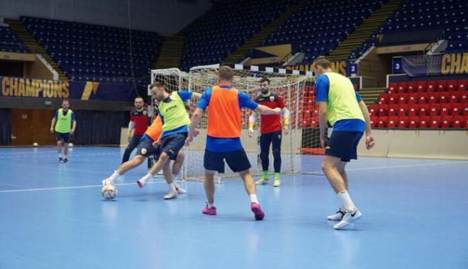 """Futsal / Tricolorii, pregătiri pentru """"dubla"""" cu Bosnia-Herțegovina - futsalpregatiri-1614619436.jpg"""
