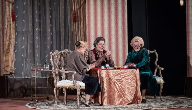 """""""Gaiţele"""" joacă, din nou, pe scena Teatrului de Stat Constanţa - gaitelesursatsc2-1610736336.jpg"""