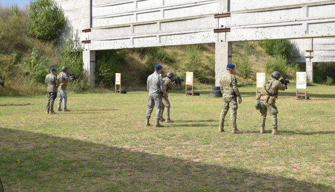 GALERIE FOTO. Scafandrii de luptă, antrenament în poligonul Mangalia - galerie-1631427904.jpg