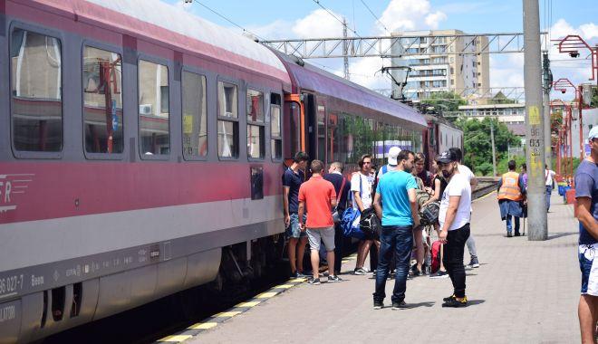 Foto: CFR Călători repune în circulație trenurile suspendate, cu excepția celor de navetă pentru elevi