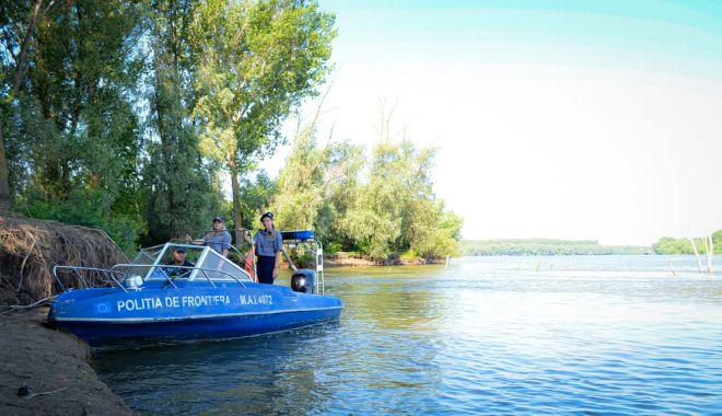 Garda de Coastă oferă gratuit patru șalupe - gardabarci-1600263673.jpg