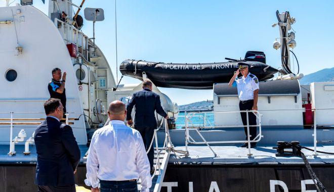 Foto: Vizită importantă la bordul navei Gărzii de Coastă, aflată în misiune în Grecia