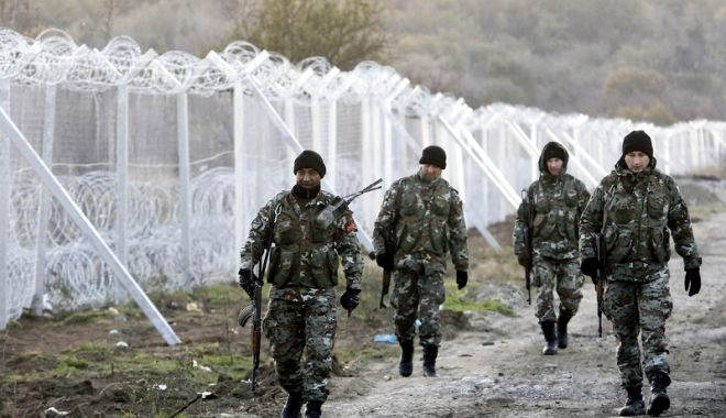 Foto: Gărzi de frontieră europene,  desfășurate pe teritoriul Macedoniei