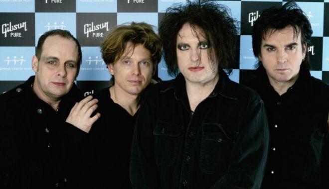 Foto: The Cure va concerta pentru prima dată în România