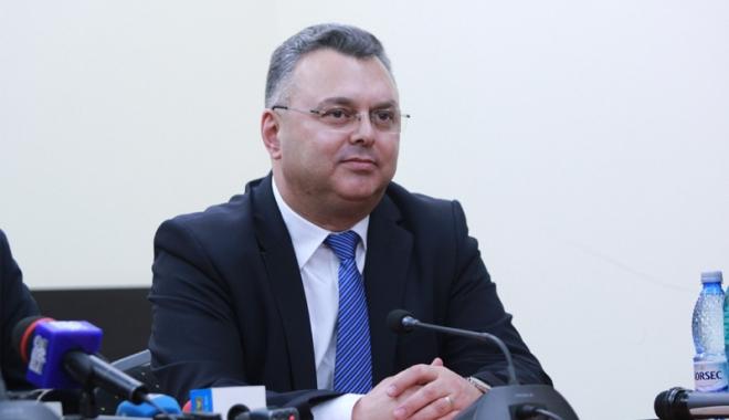 Gheorghe Dragomir: Românii merită un premier ca Dacian Cioloș - gheorghedragomir11467725146-1477386564.jpg