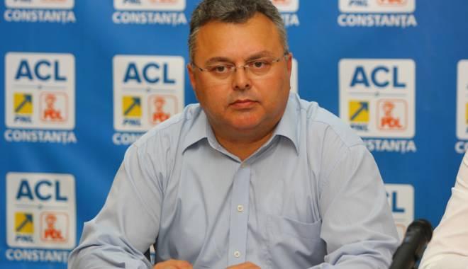 """Foto: """"PNL face sondaj pentru a desemna candidatul la Primăria Ion Corvin"""""""