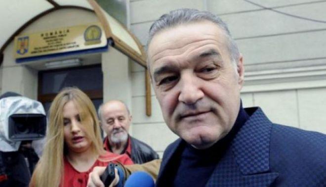 Gigi Becali și nepotul său, urmăriți penal într-un dosar de spălare de bani, după audierile de la DNA - gigi-1574180595.jpg