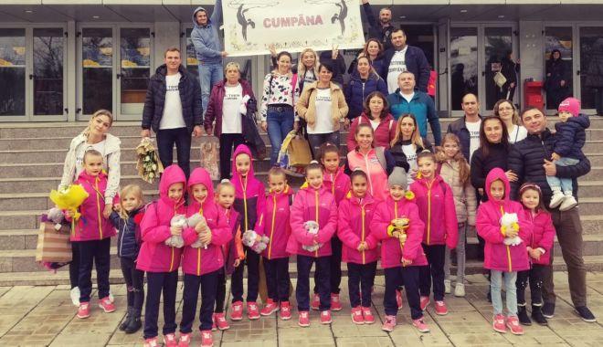 Foto: Gimnastele de aur din Cumpăna au luat cu asalt podiumul Cupei României