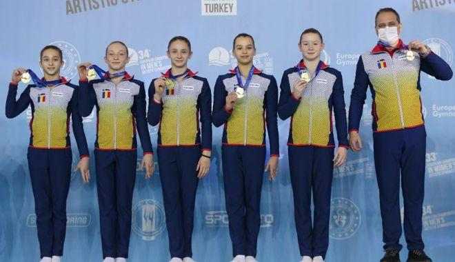 Gimnastică / Aur european pentru România pe echipe şi la individual compus - junioare - gimnasticaaur1812-1608314506.jpg