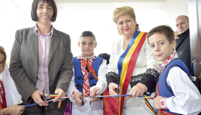 Moment de bucurie în comuna Grădina. A fost inaugurat Centrul de Prevenire a Abandonului - gradina1print20-1477588418.jpg
