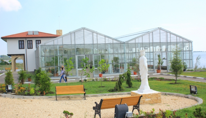 Foto: Primarul Iulian Soceanu a stabilit programul  și taxa de intrare la Grădina Botanică din Techirghiol