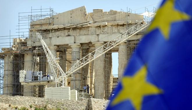 Foto: Grecia, cu un pas în afara zonei Euro