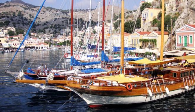 Foto: A crescut numărul turiștilor străini  care vizitează Grecia