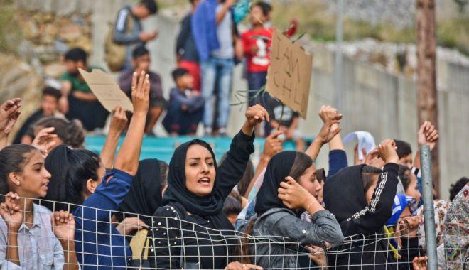 Grecia înăsprește procedurile privind azilul - grecia-1572643967.jpg