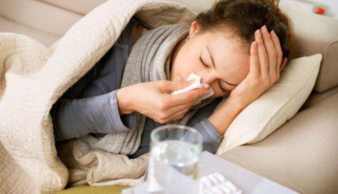 Foto: Deces după deces din cauza gripei. Numărul morților a ajuns la 72