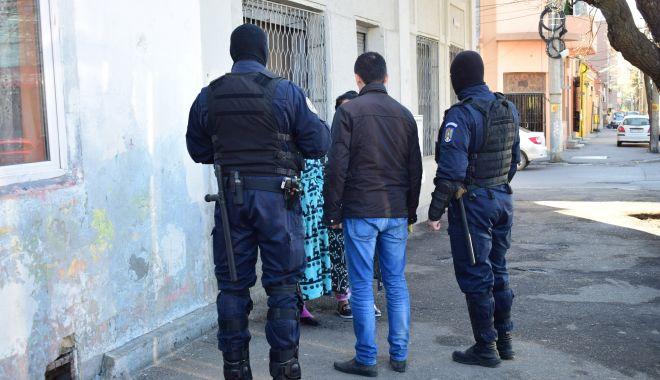 Eliminați de pe piață! Care era limbajul codificat al traficanților de droguri din Constanța - gruparedroguri-1601385137.jpg