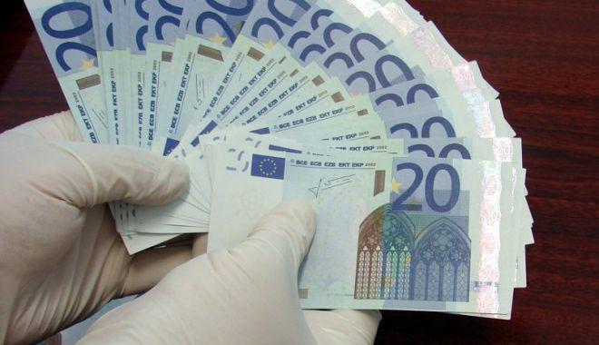 Liberalii, semnal de alarmă! Sumele de peste 2.000 euro nejustificate și trimise de Diaspora, confiscate - guvernbanidiaspora-1528031573.jpg