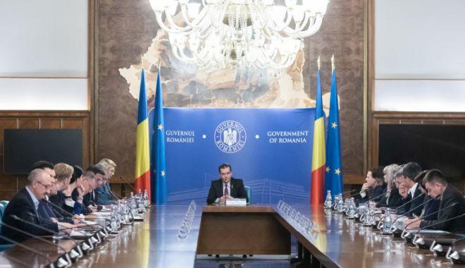 Guvernul va analiza schema de ajutor pentru industria HoReCa - guvernhorecaonline-1606316467.jpg