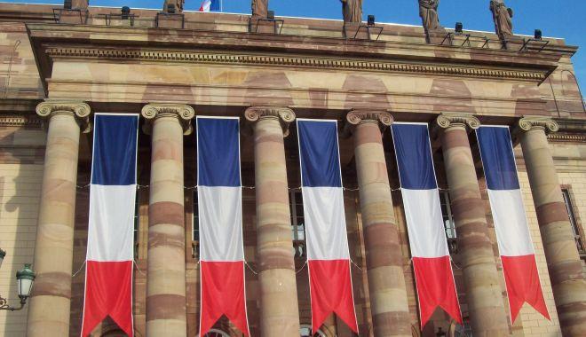 Guvernul francez dorește să reducă numărul parlamentarilor cu un sfert - guvernul-1567087947.jpg