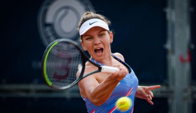 Simona Halep s-a impus la WTA Praga! Al 21-lea trofeu din carieră