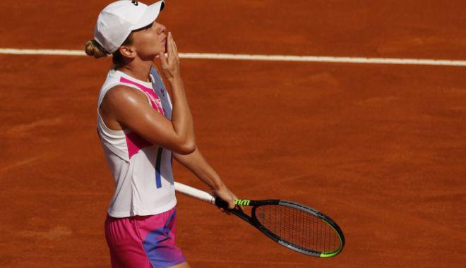 Tenis /  Simona Halep e în finala de la Roma! Victorie spectaculoasă cu Garbine Muguruza - halep-1600605292.jpg