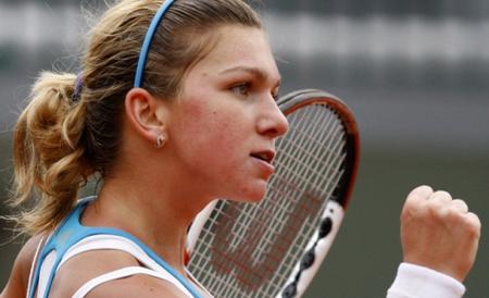 Tenis / Simona Halep s-a calificat în turul II la Dubai - halepdubai-1329582578.jpg