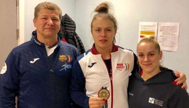 Două halterofile române, pe podium la British International Open - haltere-1560108155.jpg