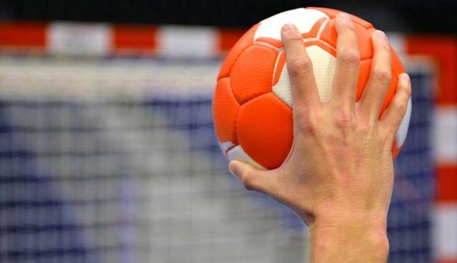 Handbal / Dinamo a câștigat cu Potaissa și s-a desprins în play-off-ul Ligii Naționale - handbal-1555606788.jpg