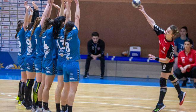 Handbal / Liga Naţională feminină, etapa a 14-a. Rezultate şi clasament - handbalfeminin-1617195356.jpg