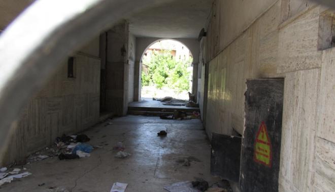 Hanul Balcan: din monument istoric, focar de infecție! - hanulbalcani22-1465742778.jpg