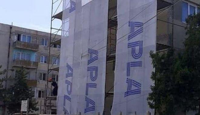 Blocurile aflate în stare de degradare, în atenția administrației din Hârșova - harsova-1591122152.jpg
