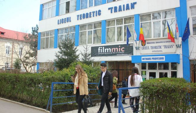 Liceului Teoretic ,,Traian