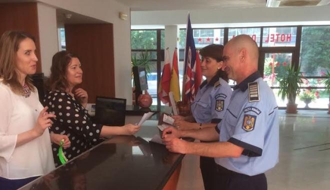Foto: SUNTEM ÎN SIGURANȚĂ ÎN HOTELURILE DE PE LITORAL? Ce măsuri au luat polițiștii