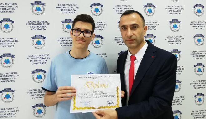 Buni la matematică! Premii pentru elevii Liceului Internațional de Informatică - ichc1-1542816821.jpg