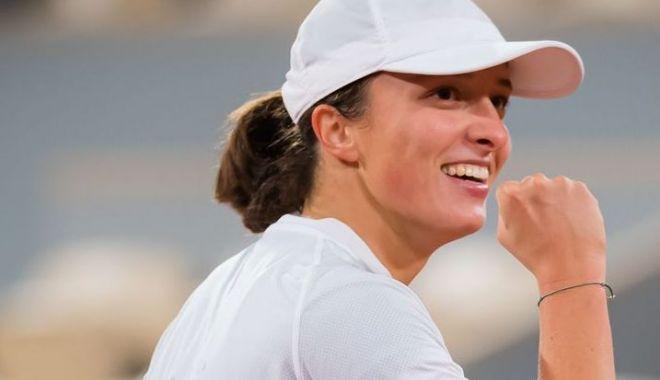 Iga Swiatek şi Sofia Kenin se luptă pentru trofeu la Roland Garros - igaswiatek2-1602263385.jpg