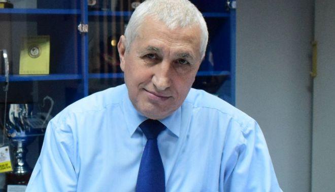"""Ilie Floroiu: """"Am propus realizarea a două mari proiecte: sala de gimnastică şi pista de atletism"""" - ilie2-1614974921.jpg"""