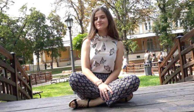 Foto: ALERTĂ! Alexandra s-a urcat într-o mașină la ocazie și este dispărută de 24 de ore!