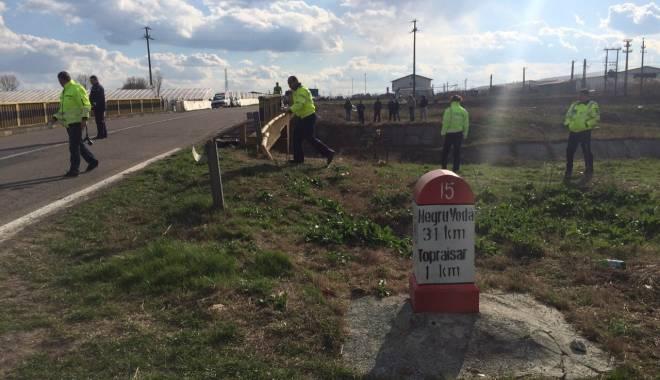 Galerie foto. Accident rutier grav, în județul Constanța / Au căzut cu mașina într-un canal adânc de patru metri. ȘASE VICTIME - img20150404wa0007-1428167228.jpg