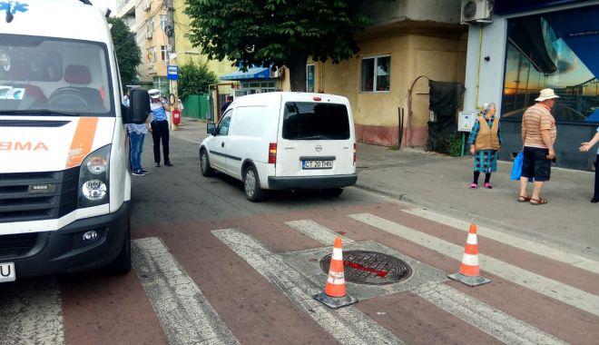 Foto: GALERIE FOTO / ACCIDENT RUTIER LA CONSTANȚA! Pieton lovit chiar pe trecere