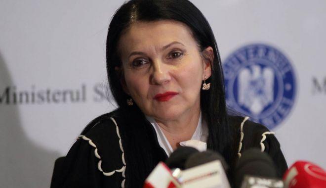 """Foto: Sorina Pintea a pus ștampila:  """"Votul meu a fost dedicat viitorului României"""""""