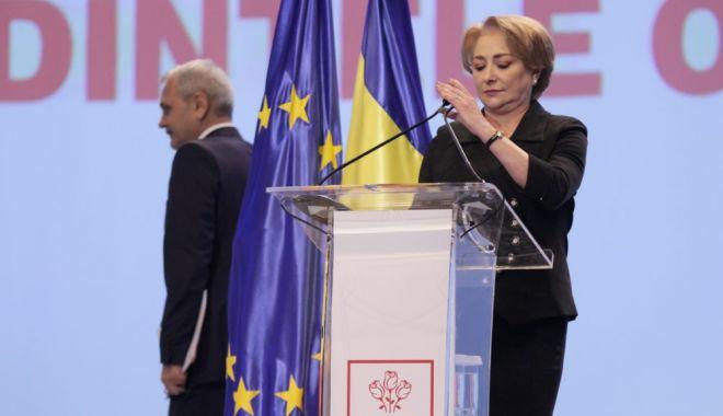 Foto: CEx PSD. Viorica Dăncilă își pune mandatul pe masă