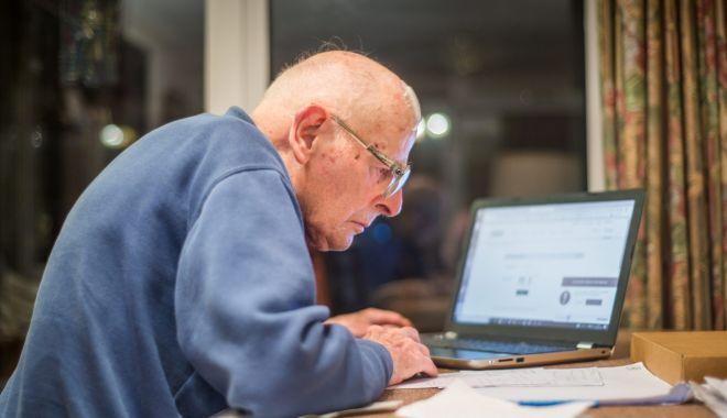 Foto: În ce condiții aveți dreptul la pensie comunitară