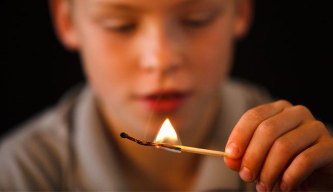 Semnale de la pompieri: învățați copiii ce să facă în caz de incendiu! - incendiicopii-1612547493.jpg