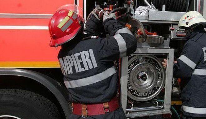 Copil în stare gravă după ce și-a dat foc din greșeală - incendiu-1597904068.jpg