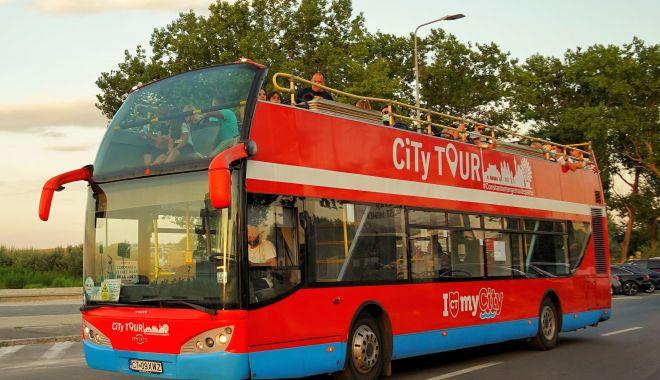 Începând de astăzi, autobuzele etajate circulă doar în week-end - incepanddeluniautobuze-1600012438.jpg