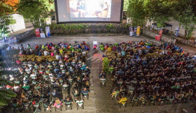 Foto: Începe festivalul Cinemascop, la Grădina de Vară, din Eforie Sud